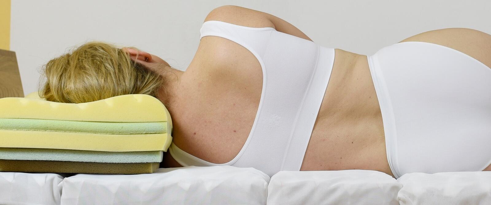 schulterschmerzen durch matratze die l sung matratzengesch ft l beck. Black Bedroom Furniture Sets. Home Design Ideas
